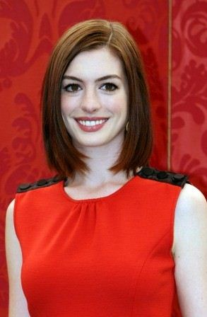 anne-hathaway-rome-italy-01.jpg