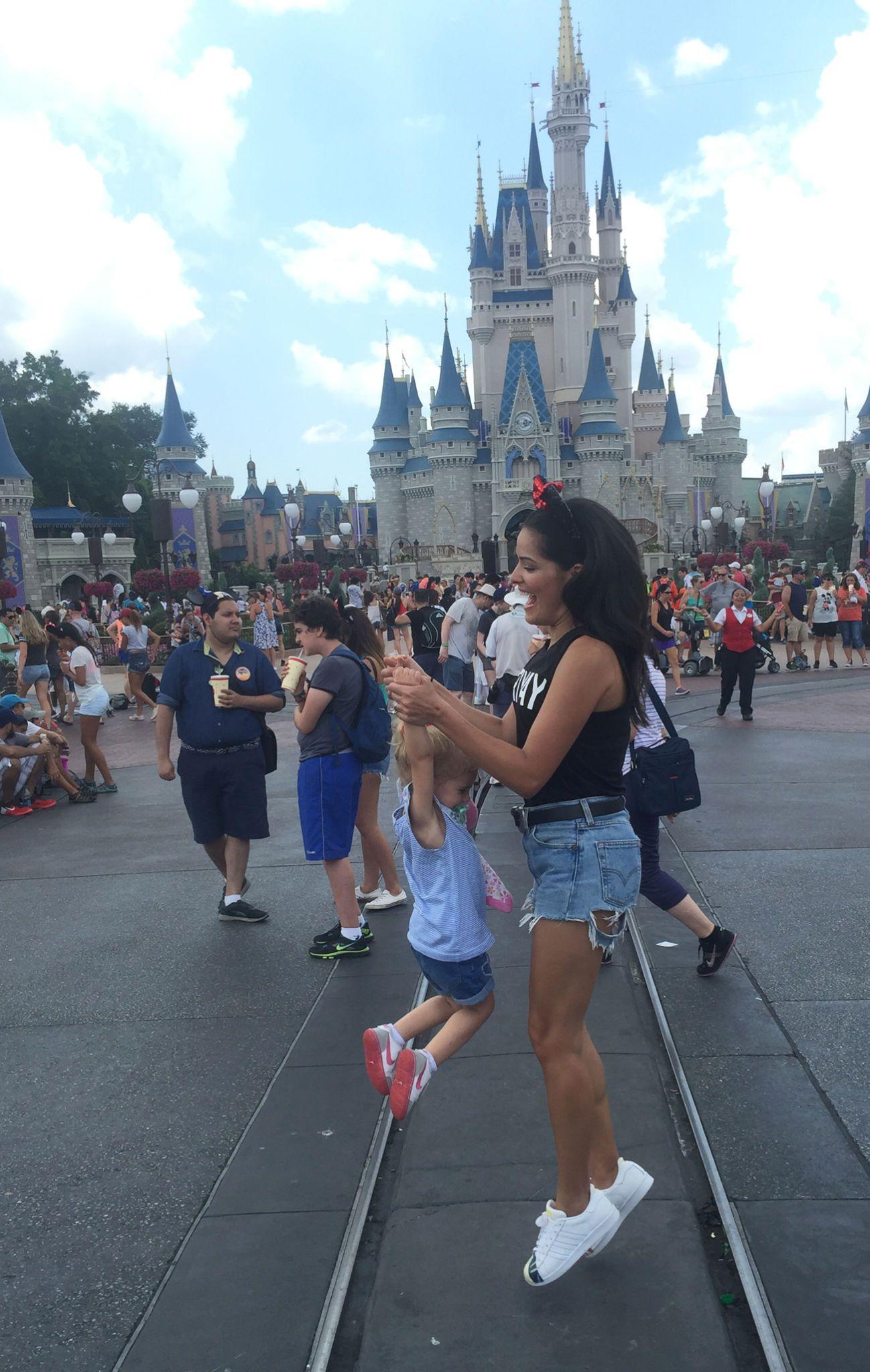 BlogdaMariah Disney2